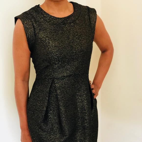 Forever 21 Dresses & Skirts - Black with subtle gold shimmer Dress